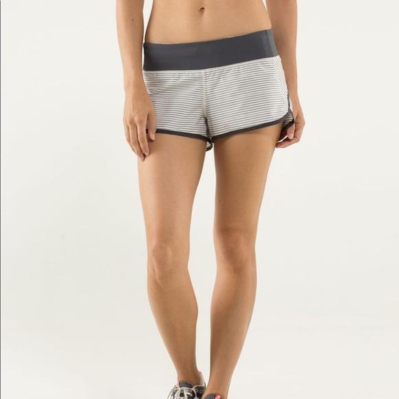 Lululemon speed shorts Grey/white size 6